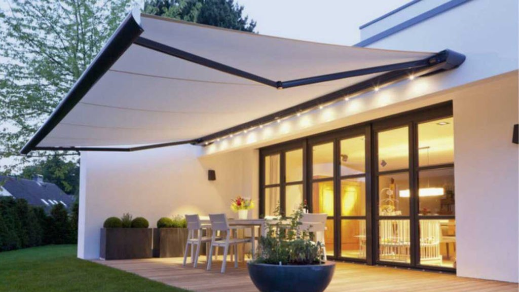 Top Reasons For Installing Retractable Awnings In Your New Home - Leamore  Blogs